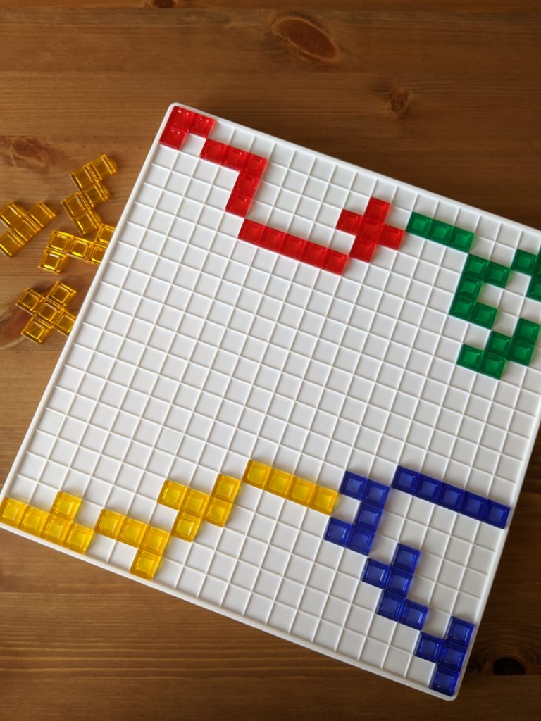 5 jeux pour occuper les enfants de 5 à 8 ans | Marie-Ève et famille